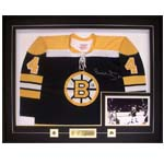 7393 - Bobby Orr Boston Bruins Framed Jersey