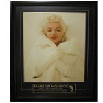 7418 - Marilyn Munroe Unsigned Deluxe Fur Coat
